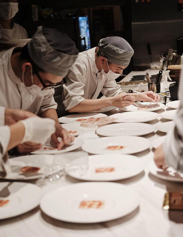 Một địa chỉ ở Hà Nội lọt top 100 nhà hàng xuất sắc nhất châu Á, là đại diện duy nhất của Việt Nam - Ảnh 1.