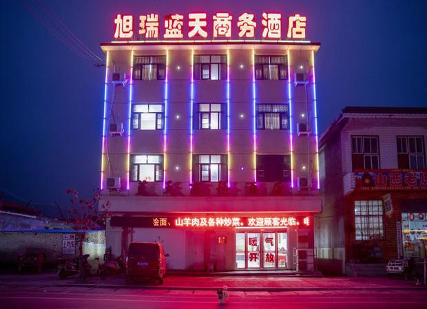Đằng sau những tour du lịch giá siêu rẻ ở Trung Quốc: Trải nghiệm mệt mỏi dành cho những người đủ sức chạy sô - Ảnh 3.
