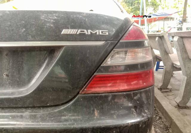 Nằm phủ bụi 5 năm tại Hà Nội, Mercedes-Benz S 63 AMG bạc tỷ khiến CĐM bàn tán khi một chi tiết vẫn nguyên vẹn - Ảnh 5.