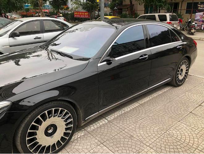 Nằm phủ bụi 5 năm tại Hà Nội, Mercedes-Benz S 63 AMG bạc tỷ khiến CĐM bàn tán khi một chi tiết vẫn nguyên vẹn - Ảnh 8.
