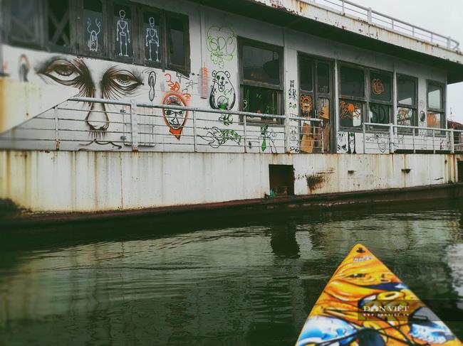 Thâm nhập nghĩa địa du thuyền ở hồ Tây: U ám, lạnh lẽo và bẩn thỉu - Ảnh 10.