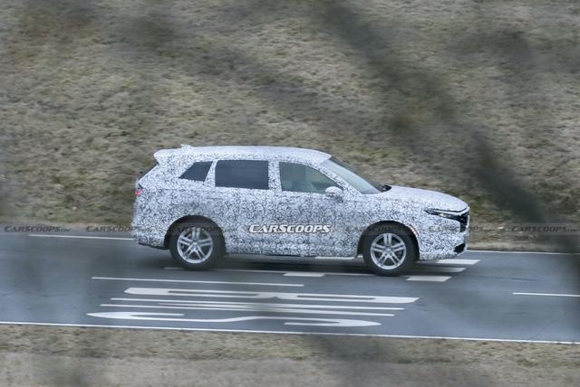 Honda CR-V đời mới lần đầu lộ diện: Nâng cấp mọi mặt, đe nẹt Mitsubishi Outlander đang làm bom tấn - Ảnh 2.