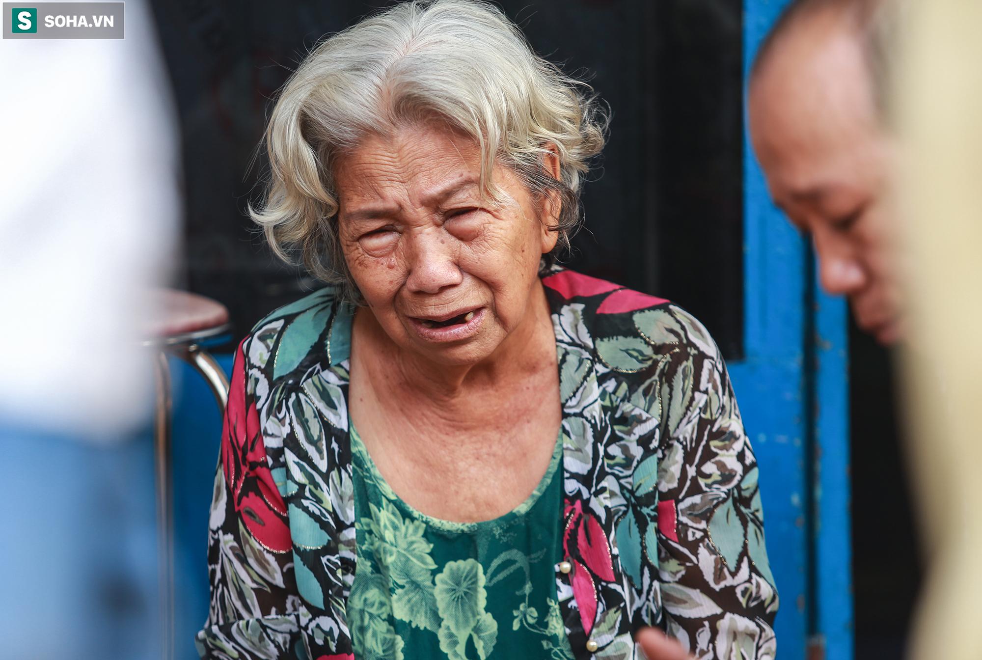Xót xa hình ảnh còn lại sau đám cháy khiến 6 người trong một gia đình tử vong ở TP.Thủ Đức - Ảnh 6.