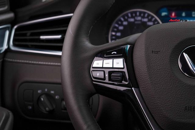 Vừa mua VinFast Lux A2.0 bản full còn chưa đăng ký đã vội lên SA2.0, chủ xe nhượng lại giá 950 triệu đồng - Ảnh 12.
