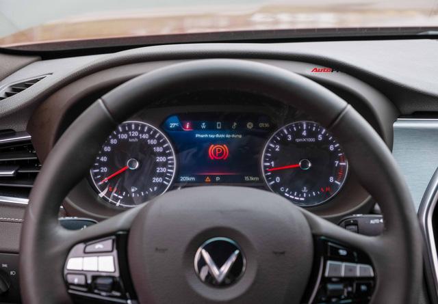 Vừa mua VinFast Lux A2.0 bản full còn chưa đăng ký đã vội lên SA2.0, chủ xe nhượng lại giá 950 triệu đồng - Ảnh 14.