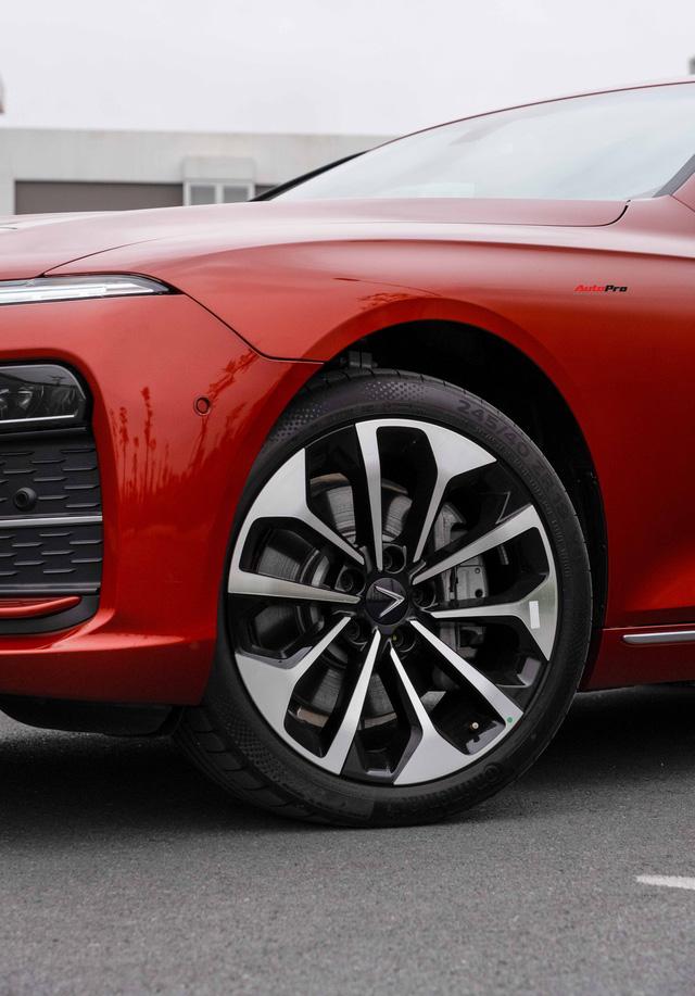 Vừa mua VinFast Lux A2.0 bản full còn chưa đăng ký đã vội lên SA2.0, chủ xe nhượng lại giá 950 triệu đồng - Ảnh 9.