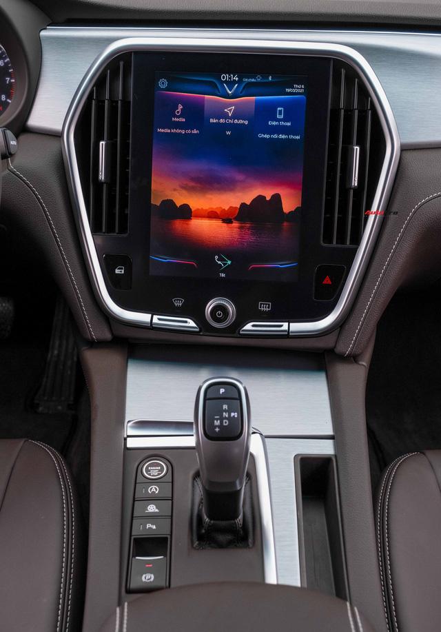 Vừa mua VinFast Lux A2.0 bản full còn chưa đăng ký đã vội lên SA2.0, chủ xe nhượng lại giá 950 triệu đồng - Ảnh 15.