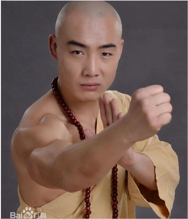Không phải Yi Long, một cao thủ Thiếu Lâm Tự khác sắp tỉ thí với Thánh Muay Thái - Ảnh 2.