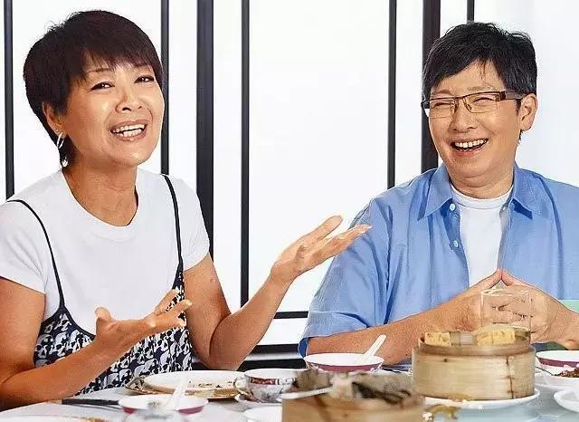 Biểu tượng gợi cảm Hong Kong: 2 lần ly hôn tay trắng, U70 mắc bệnh ung thư vú - Ảnh 6.