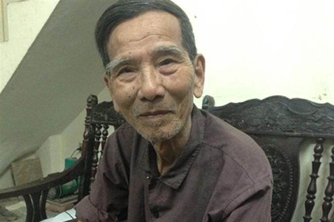 Hình ảnh đời thường của NSND Trần Hạnh: Đi bán giày dép mũ bảo hiểm, từ chối nhận trợ cấp - Ảnh 4.