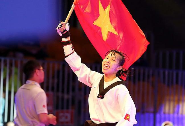 Cô gái Việt khiến võ sĩ Thái Lan ôm hận & lần gây sốc ở giải Vô địch Thế giới - Ảnh 1.