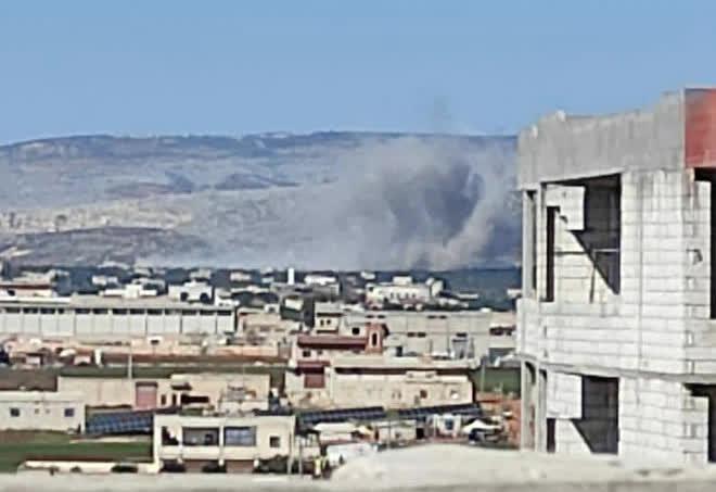 Nga ra đòn quá nhanh và nguy hiểm ở Syria, Su-35 tay đấm chết chóc góp mặt - TT Biden khẩn cấp dừng tấn công Syria - Ảnh 4.