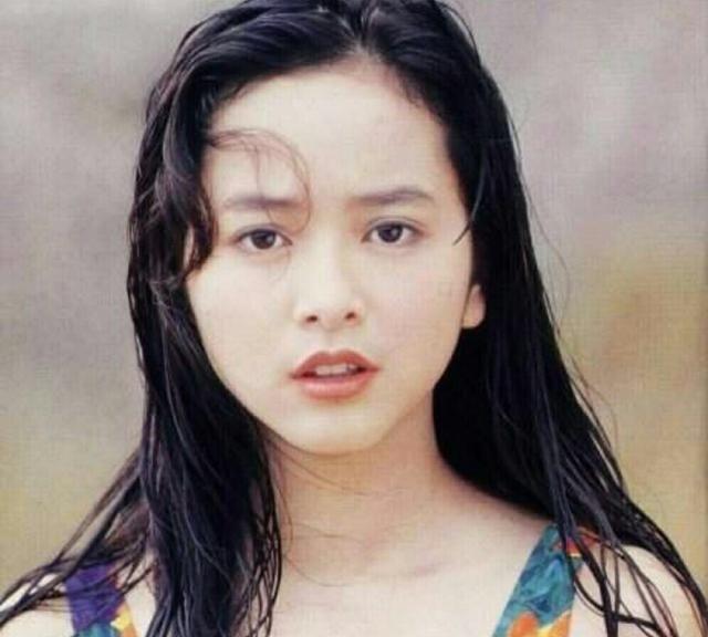 Ngọc nữ nức tiếng Hong Kong phụ bạc Lâm Chí Dĩnh, bị đại gia ruồng bỏ tuổi U50 ra sao? - Ảnh 1.