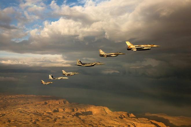 Israel chuẩn bị đánh phủ đầu Iran, không cần Mỹ: Tất cả mục tiêu vào tầm ngắm! - Ảnh 1.
