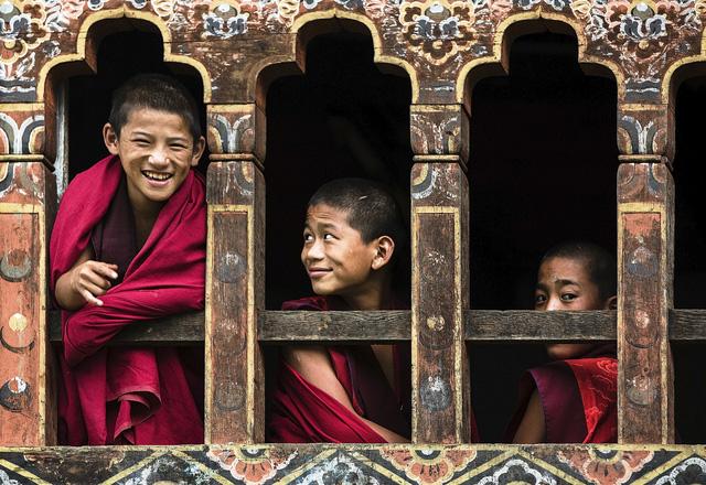 Những điều độc nhất vô nhị ở Vương quốc hạnh phúc Bhutan: Không smartphone, không thuốc lá và không GDP - Ảnh 3.