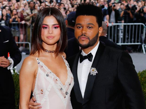 Selena Gomez công khai mỉa mai cuộc tình tay 4 với Justin - Hailey, biến The Weeknd thành công cụ trả thù? - Ảnh 3.