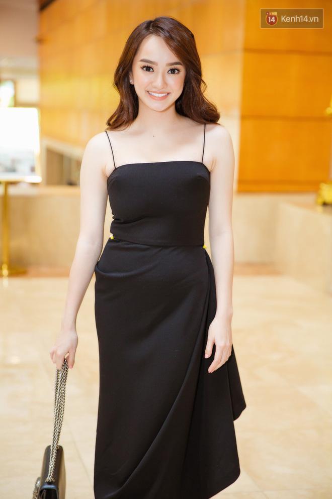 Hành trình nhan sắc của Kaity Nguyễn: Từ hotgirl ngực khủng đến ngọc nữ, lột xác ngoạn mục nhờ hút mỡ vòng 1 và giảm 9kg - Ảnh 27.