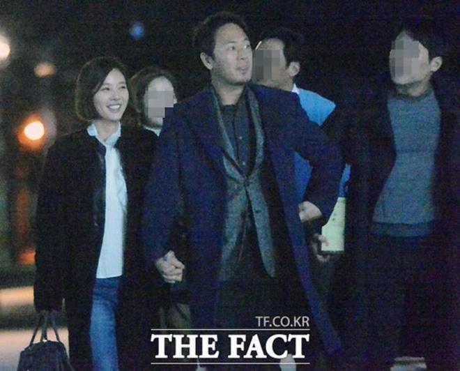 Dàn mỹ nhân Gia Đình Là Số 1 dính 'lời nguyền': Hwang Jung Eum bị CEO phụ bạc, Yoo In Na và Hoa hậu Hàn khổ vì bê bối tình dục - ảnh 5