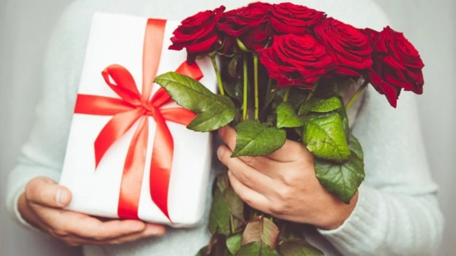 Những lời chúc 8/3 hay và ý nghĩa nhất gửi tới mẹ, vợ, người yêu - Ảnh 2.