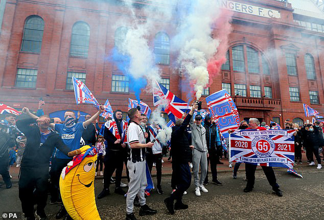 Steven Gerrard đưa Rangers lên ngôi vô địch Scotland - Ảnh 3.