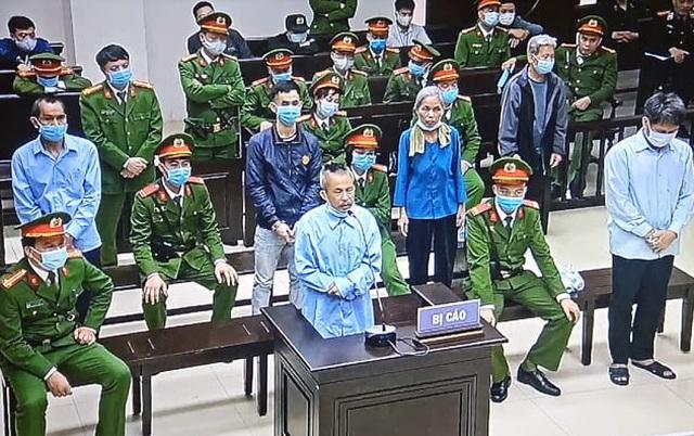 Xử phúc thẩm vụ án Đồng Tâm: Y án tử hình Lê Đình Công, Lê Đình Chức về tội giết người - Ảnh 1.
