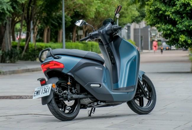 Yamaha đưa cơn ác mộng giá 75 triệu về Việt Nam, kèn cựa Honda SH, VinFast Theon? - Ảnh 7.