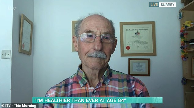 Thể lực của giáo sư 84 tuổi trẻ như 20: Dùng 3 viên đạn thần kỳ để làm đảo ngược tuổi của bạn - Ảnh 2.