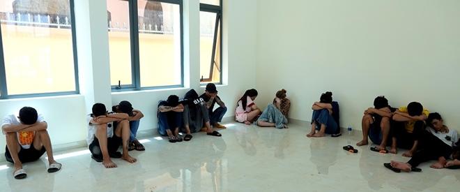 29 thanh niên thuê homestay để bay lắc - Ảnh 2.
