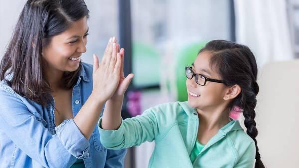 Trẻ nhỏ lớn lên trong 4 kiểu gia đình này thường rất tự tin, tương lai tiền đồ dễ xán lạn hơn chúng bạn - Ảnh 4.