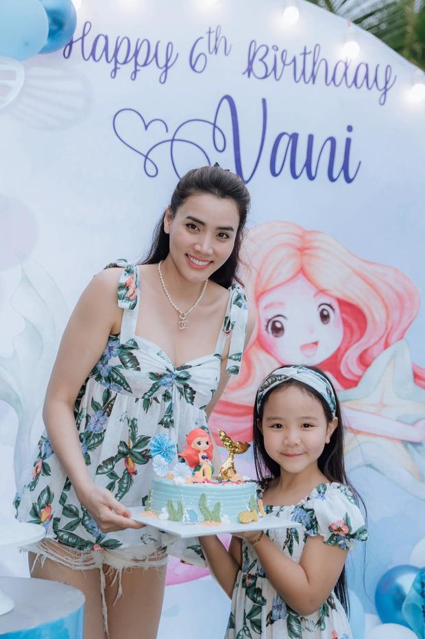 Con gái Trang Nhung mới 6 tuổi đã được chú ý nhờ nhan sắc gen trội trong tiệc sinh nhật - ảnh 2