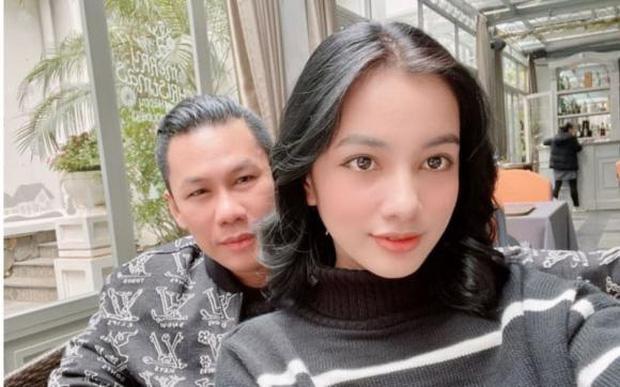 Clip chồng cũ Lệ Quyên và tình trẻ kém 27 tuổi Cẩm Đan sánh đôi ở concert Rap Việt, - ảnh 3