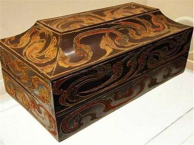 Tìm thấy hộp gỗ bí ẩn bên trong lăng mộ từng gây chấn động TQ: Truyền thông không màng nhưng giới khảo cổ vui mừng khôn xiết! - Ảnh 3.