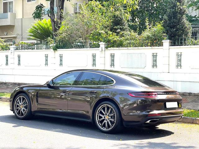Trải nghiệm Porsche Panamera 10.000km, đại gia Việt rao bán với giá rẻ hơn 1 tỷ đồng - Ảnh 4.