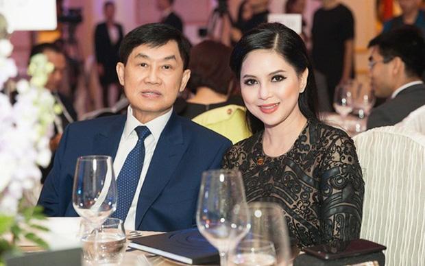 Nhan sắc thuộc hàng tứ đại mỹ nhân của người phụ nữ khiến tỷ phú Johnathan Hạnh Nguyễn yêu điên cuồng - Ảnh 1.