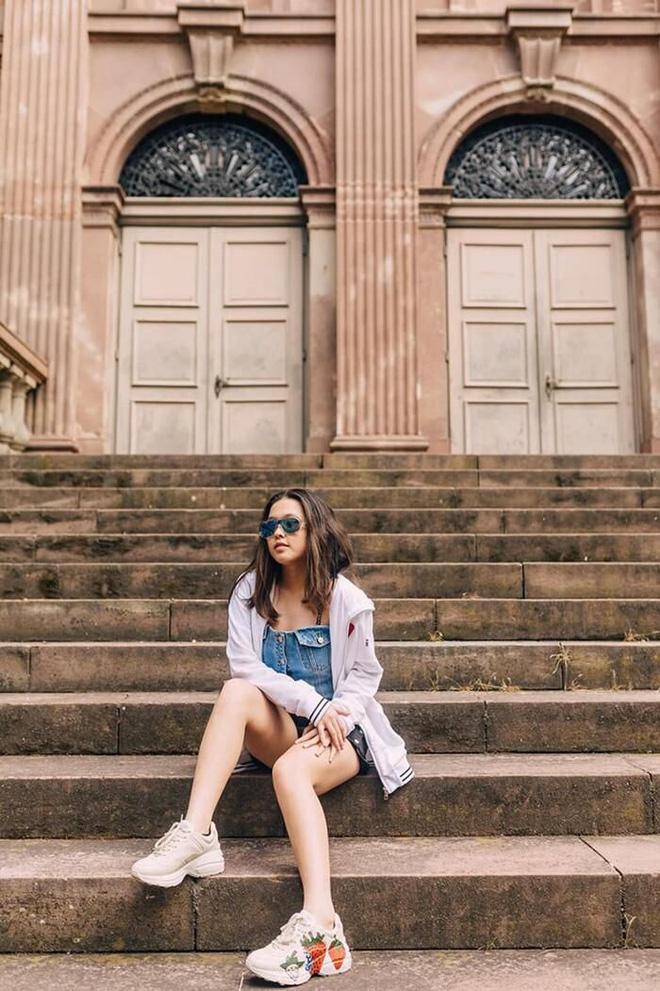 Con gái của Phượng Chanel: 18 tuổi sống sang chảnh chuẩn ái nữ nhà giàu, body nóng đến ngộp thở nhất là vòng 3 - Ảnh 14.