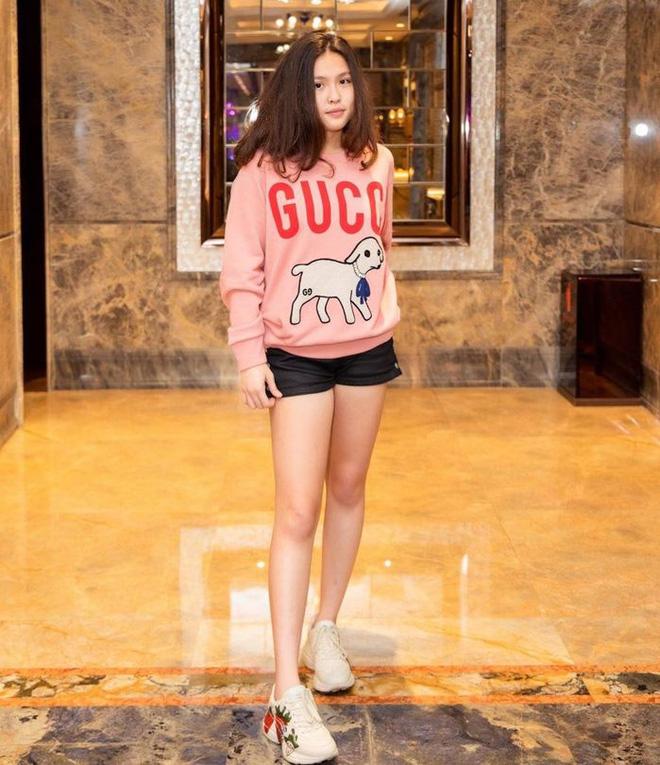 Con gái của Phượng Chanel: 18 tuổi sống sang chảnh chuẩn ái nữ nhà giàu, body nóng đến ngộp thở nhất là vòng 3 - Ảnh 6.