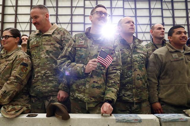 TT Biden rút sạch quân Mỹ khỏi Afghanistan: Bước lùi tròng cổ Kabul vào số phận bất định? - Ảnh 3.
