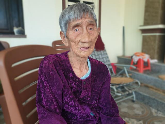 Hy hữu 5 chị em ruột ở Hà Tĩnh có tuổi thọ từ 85 đến 97 đều khỏe mạnh, minh mẫn - Ảnh 1.