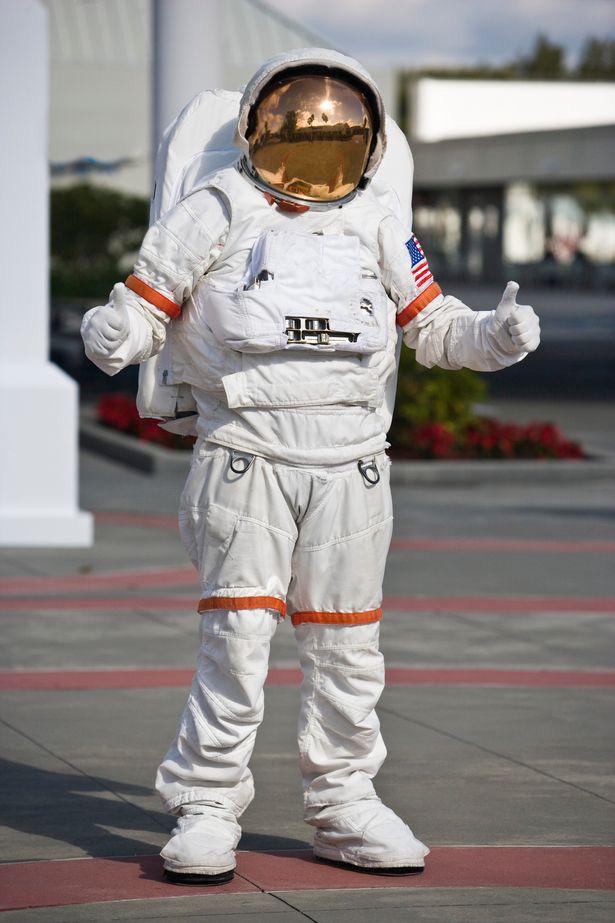 """Phi hành gia Nasa chia sẻ trải nghiệm lần đầu bay vào không gian: """"Mặt trời trông thật kỳ lạ! - ảnh 2"""