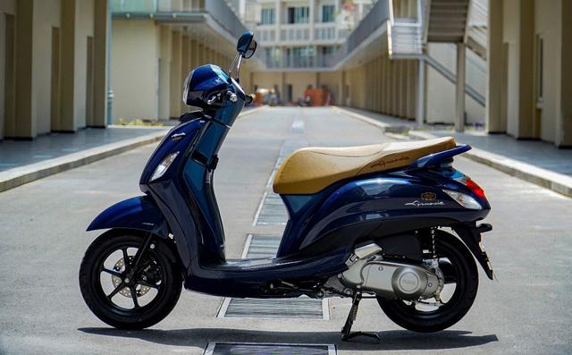 """Soi mẫu xe tay ga đi 100km tốn 1,69 lít xăng, khiến Honda Vision phải """"e dè"""""""