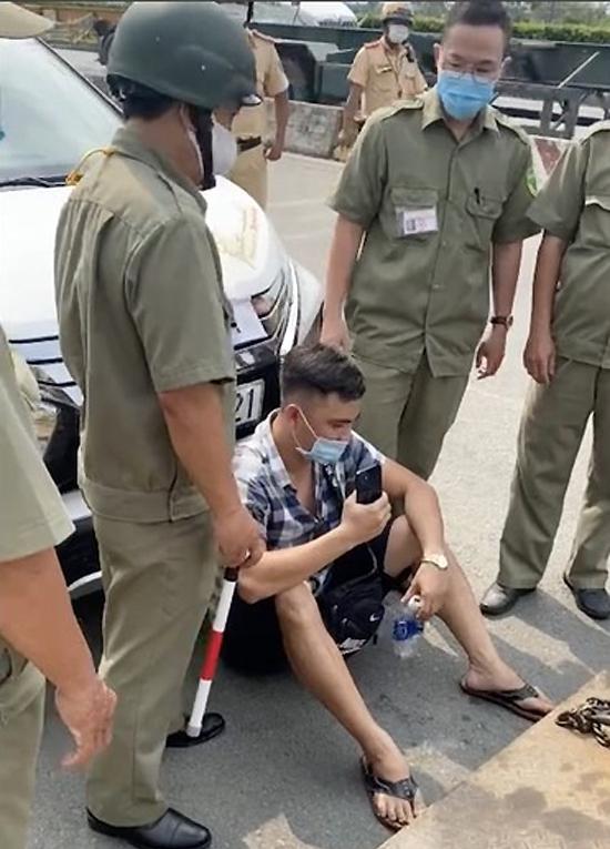 Lê Chí Thành: Từ đại úy bị loại khỏi ngành đến YouTuber hơn 20 lần cố tình tiếp cận khiêu khích lực lượng chức năng - Ảnh 2.