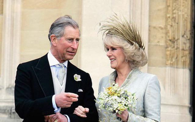 10 cặp đôi hoàng gia khiến chúng ta tin, tình yêu không phân biệt tuổi tác, địa vị nhưng cái kết chưa chắc có hậu: Số 3 từng được ví như Lọ Lem thời hiện đại - Ảnh 10.