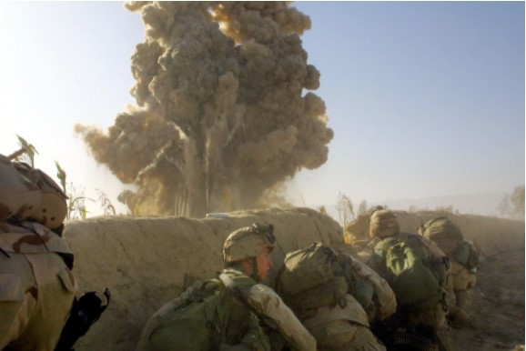 Nhìn lại toàn cảnh cuộc chiến đẫm máu dài nhất lịch sử Mỹ ở Afghanistan - Ảnh 2.