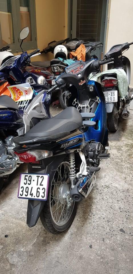 Cô gái sinh năm 1992 đi bộ ở Sài Gòn, bị 2 tên cướp giật phăng điện thoại, tiền - Ảnh 2.