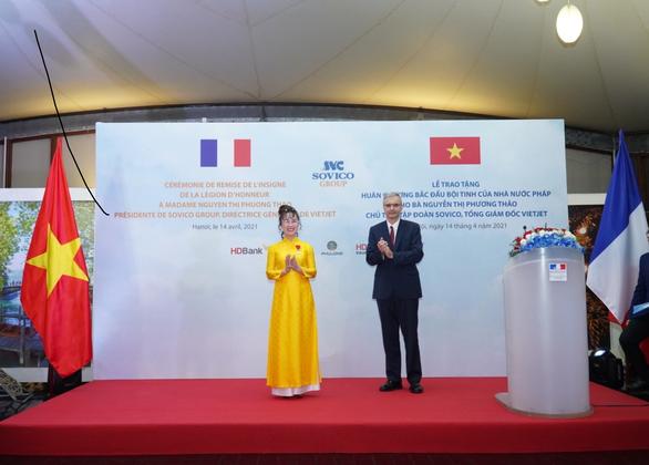 Nữ tỷ phú Việt vừa nhận Huân chương Bắc đẩu bội tinh: Hàng loạt lần đầu tiên phi thường - Ảnh 5.