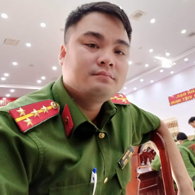 Lê Chí Thành: Từ đại úy bị loại khỏi ngành đến YouTuber hơn 20 lần cố tình tiếp cận khiêu khích lực lượng chức năng - Ảnh 1.