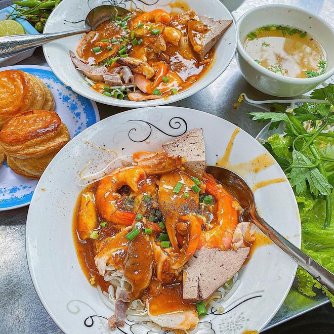 Sài Gòn có 10 quán nhìn thì bình dân nhưng giá đắt xắt ra miếng, thực khách đến ăn lần đầu đảm bảo ai cũng sốc nhẹ - Ảnh 39.