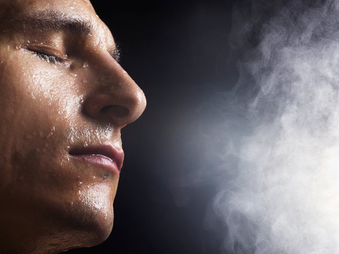 Tập thể dục đổ mồ hôi nhiều để ᴛʜải độc, đẹp da: Chỉ vô ích, hại thân nếu chưa biết điều này - Ảnh 1.