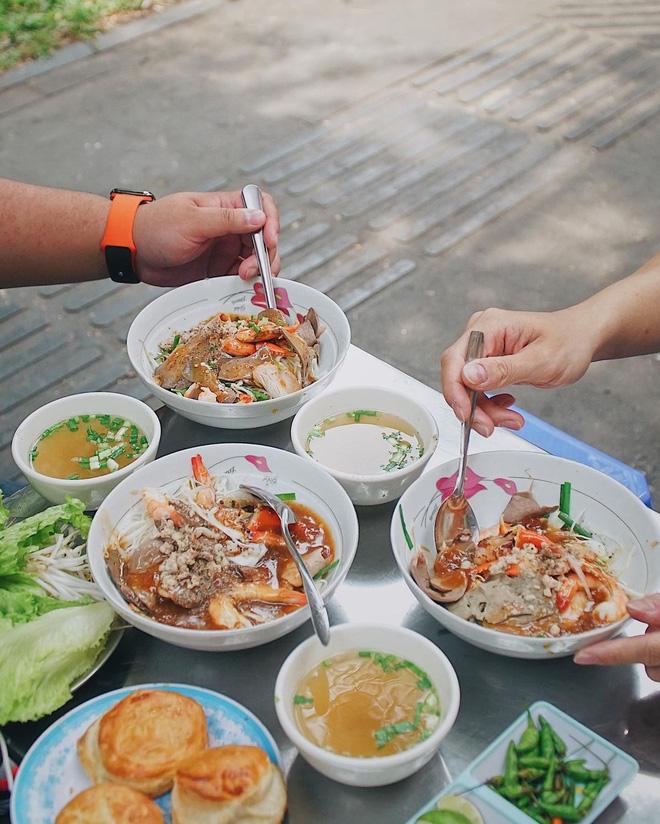 Sài Gòn có 10 quán nhìn thì bình dân nhưng giá đắt xắt ra miếng, thực khách đến ăn lần đầu đảm bảo ai cũng sốc nhẹ - Ảnh 41.