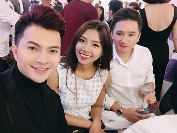 5 năm yêu của Phan Mạnh Quỳnh và vợ hot girl: Từ bị hoài nghi đến màn cầu hôn gây sốt, chàng cưng nàng số 1 thấy mà ghen! - Ảnh 3.